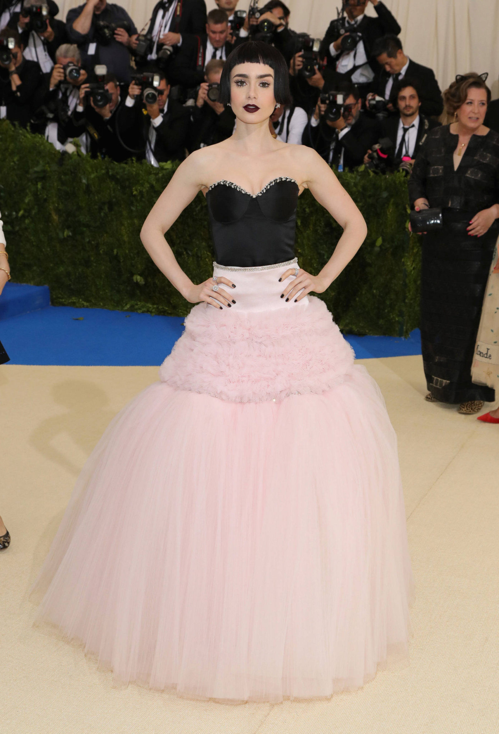 f0d5c630b16 (http   nymag.com thecut 2017 05 met-gala-2017-see-all-the-looks-from-the- red-carpet slideshow 2017 05 01 all the looks fromthemetgala2017redcarpet   ...